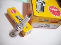Tuning Zündkerze NGK CR7HS Honda CB CY XL 50 NEU TOP Spark Plug