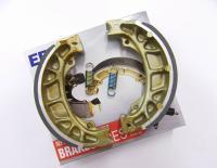 Bremsbeläge Bremsbacken - Brake pads brake shoes Honda CY 50, CY 80 - NEU